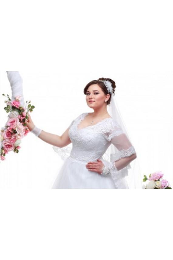 Какую модель свадебного платья выбрать для полных девушек?